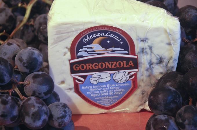 gorgonzolagrapeburger1