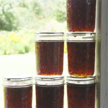 Thai Sweet and Hot Garlic Dipping Sauce