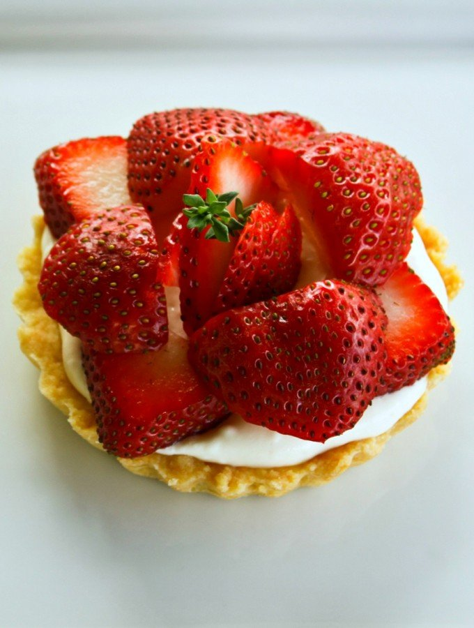 Brown Sugar Strawberries and Cream Tartlets with thyme