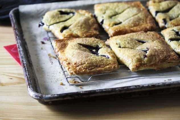 Mini Fruit Hand Pies | Make Ahead Mondays