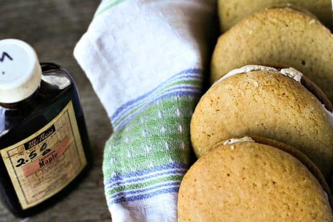 Authentic Amish Maple Sandwich Cookies or Whoopie Pies from foodiewithfamily.com