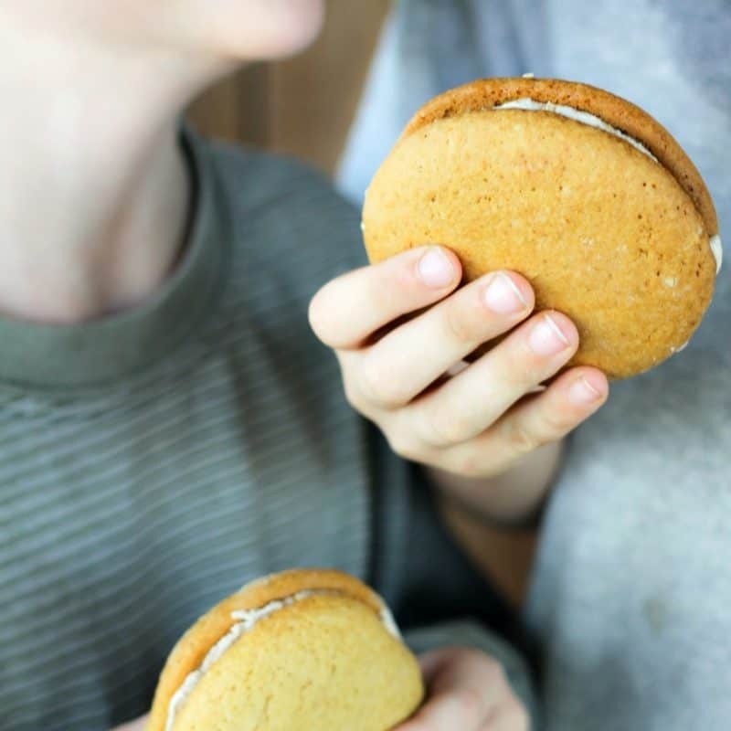 Amish Maple Sandwich Cookies or Whoopie Pies from foodiewithfamily.com
