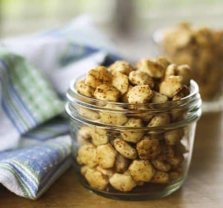 Honey Chipotle Oyster Crackers | Make Ahead Mondays
