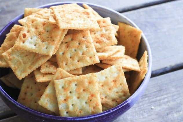 Seasoned Snack Crackers (Amish Recipe) and a Simple Giveaway | Make Ahead Mondays