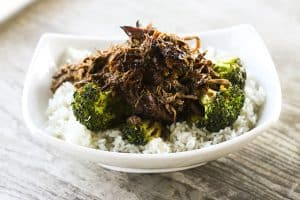 Slow Cooker Asian Beef on Broccoli FEATURED IMAGE