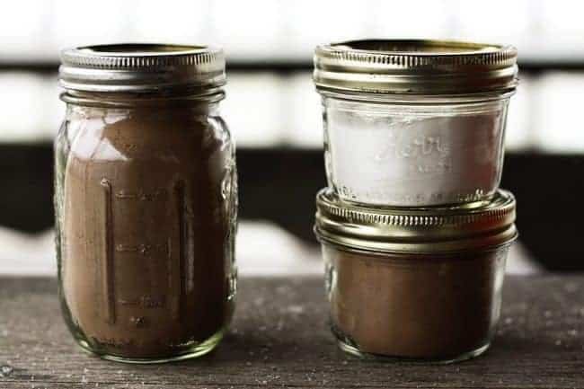 Homemade Chocolate and Vanilla No-Cook Instant Pudding Mix from Foodie with Family