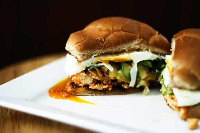 Slow Cooker Honey Sriracha Barbecue Chicken | www.foodiewithfamily.com