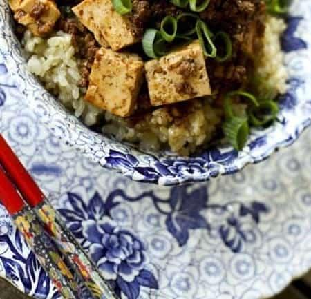 Mapo Dofu {Chinese Spicy Pork with Tofu} | www.foodiewithfamily.com
