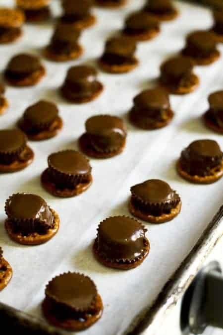Reese's Pretzel Bites at www.foodiewithfamily.com