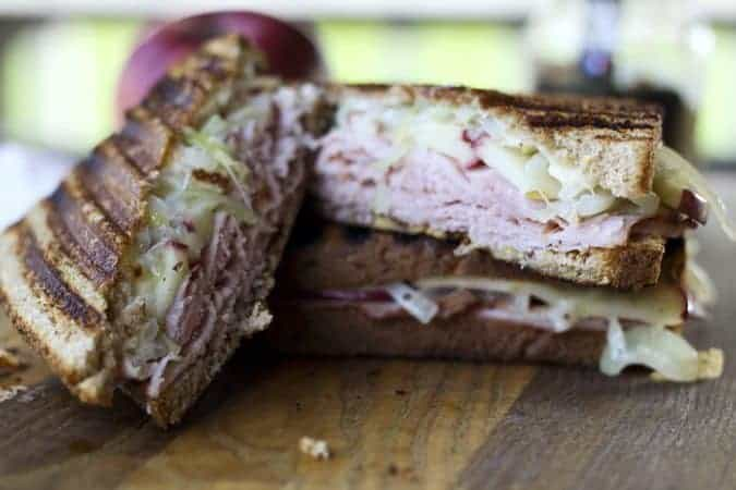 Ham, Cheddar, Apple, and Onions Panini on www.foodiewithfamily.com