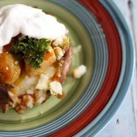 Buffalo Chicken Baked Potato #ComfortFood #HealthierComfortFood www.foodiewithfamily.com