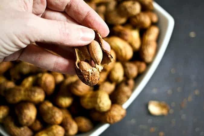 Tasty Sriracha Roasted In-Shell Peanuts #snackfood #healthysnacks foodiewithfamily.com