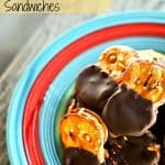 Chocolate Covered Peanut Butter Pretzel Sandwiches #PeanutButter #Chocolate #Pretzels foodiewithfamily.com