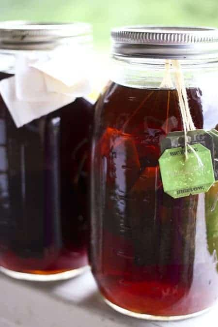 Shaken Iced Tea {Starbucks Knockoff} and Iced Tea Concentrate from foodiewithfamily.com