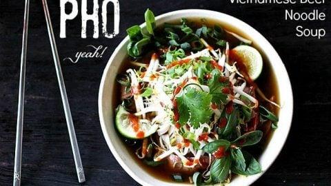 Pho {Vietnamese Beef Noodle Soup}