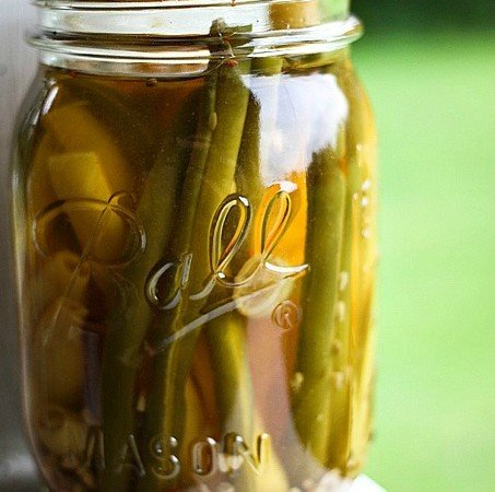 Pickled Green Beans: Dilly Beans