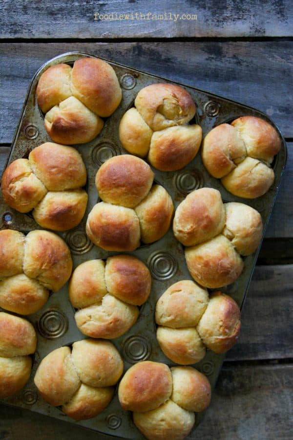 Simple, Perfect Sweet Potato Dinner Rolls from foodiewithfamily.com #JCPAmbassador #BH #ad