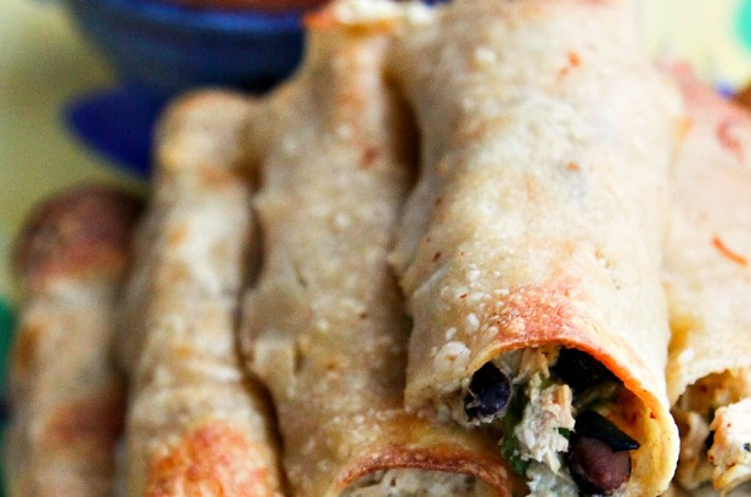 Baked Cheesy Chicken and Bean Taquitos