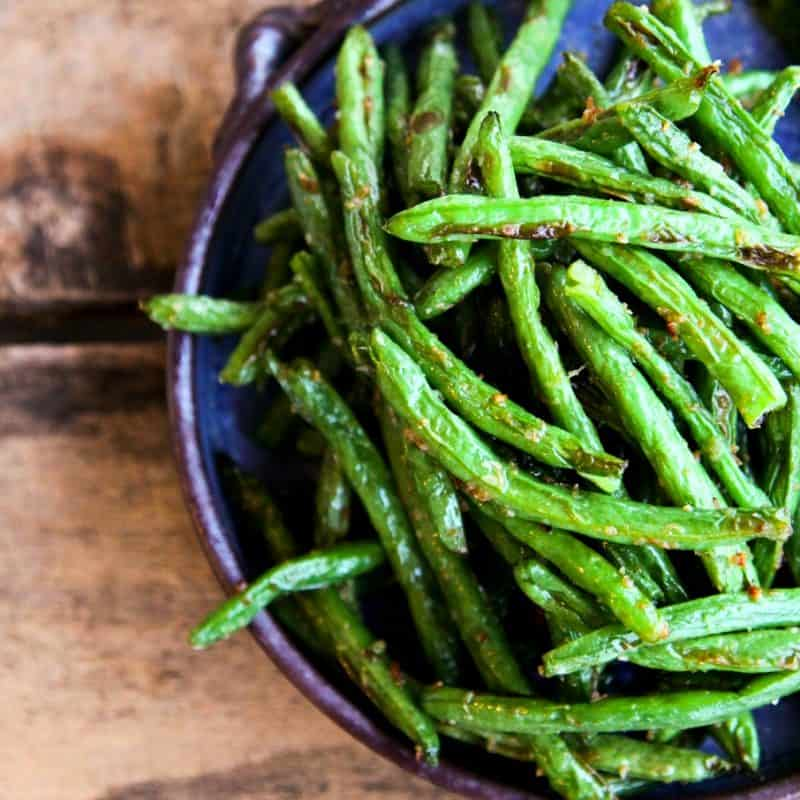 Roasted Ginger Sesame Green Beans by foodiewithfamily.com