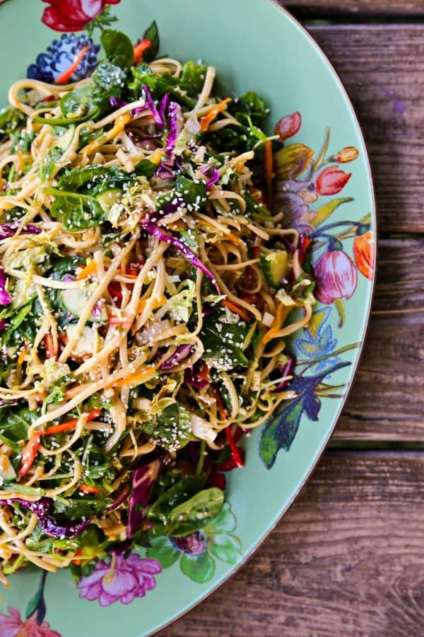 Asian Pasta Salad with a garlic soy vinaigrette and loads of fresh vegetables from foodiewithfamily.com