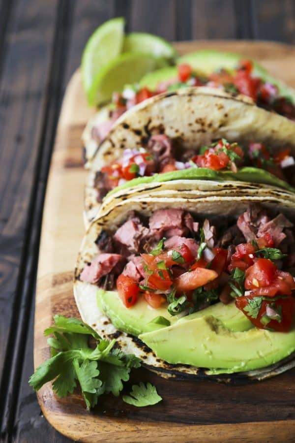 Carne Asada Tacos {Grilled Beef Tacos} from foodiewithfamily.com