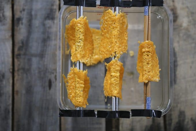 Taco shells made from pure Cheddar cheese from foodiewithfamily.com
