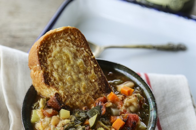 Ribollita – Tuscan Vegetable Bean Soup